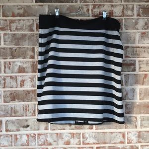 Black/Gray Striped Merona Skirt Sz 1X